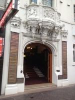 front entrance for Sydney Wellbeing Centre 5/193 Macquarie Street, Sydney for Hypnotherapy Services